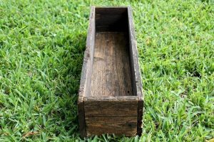 Country Planters 24 Inch Rustic Box